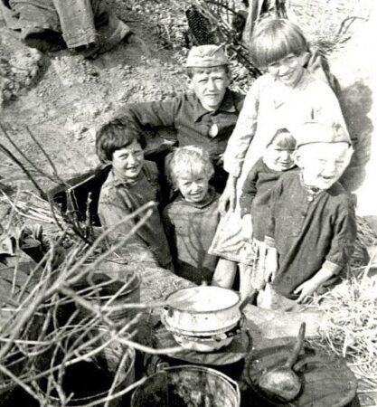 Детдомовское братство представит спектакль о детях военного Калинина