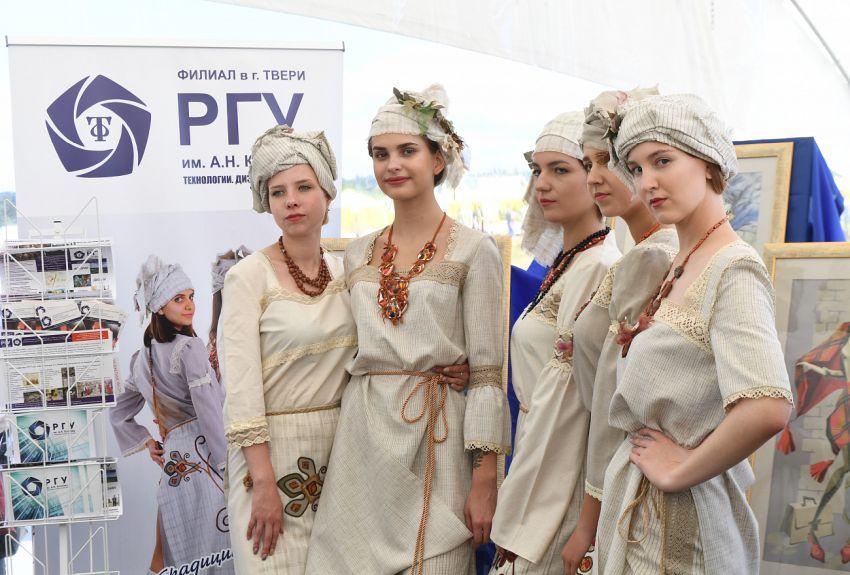 В Тверской области представили инновационный костюм для медиков