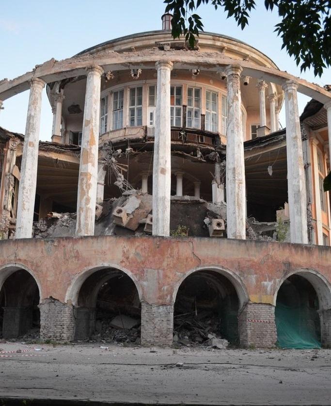 Ровно три года назад в Твери рухнул Речной вокзал. История смерти, история рождения