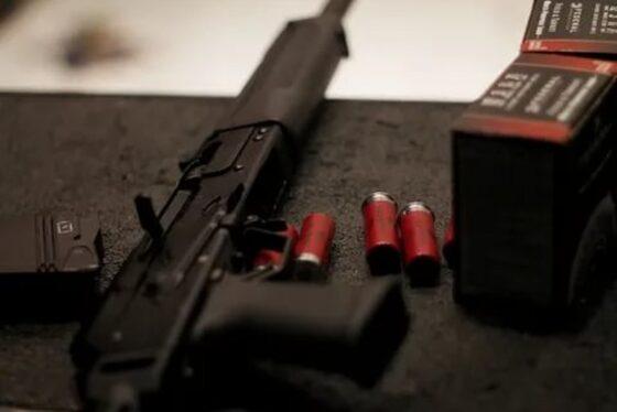 У жителя Конакова вынесли из дома целый арсенал оружия