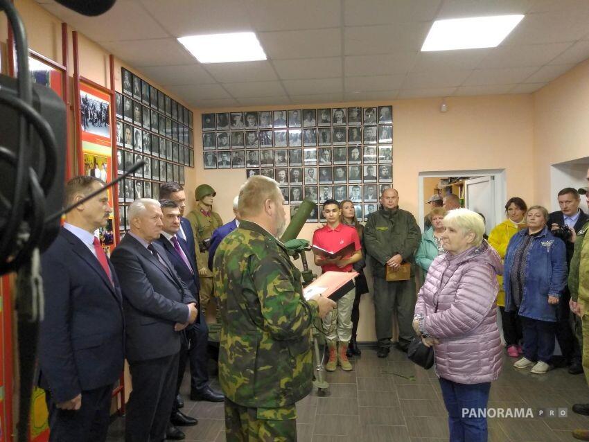В Ржеве передали родственникам личные вещи погибших на Калининском фронте