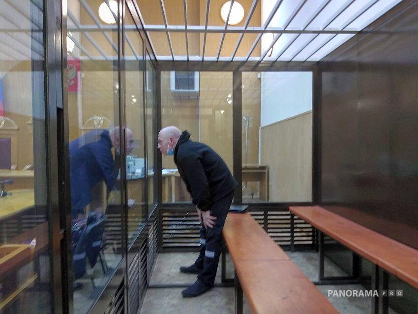 В Тверской облсуд снова привезли банду волков