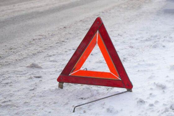 В Тверской области авто влетело в ограждение, пострадал мальчик