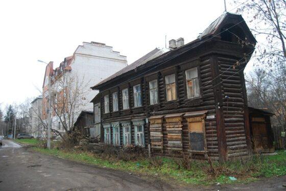 В Твери сгорел уникальный деревянный дом Ножевникова