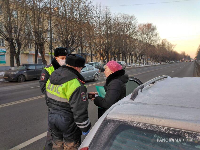 В Твери начали наказывать водителей, не пропускающих «скорые»