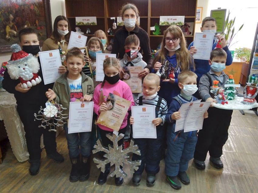 В Тверской области вручили подарки за перегоревшие лампочки и сломанные вилки