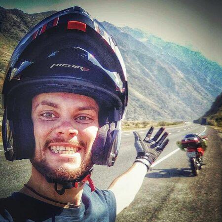 Тверской велосипедист, покоривший Эльбрус,  намерен  пересечь Байкал по льду