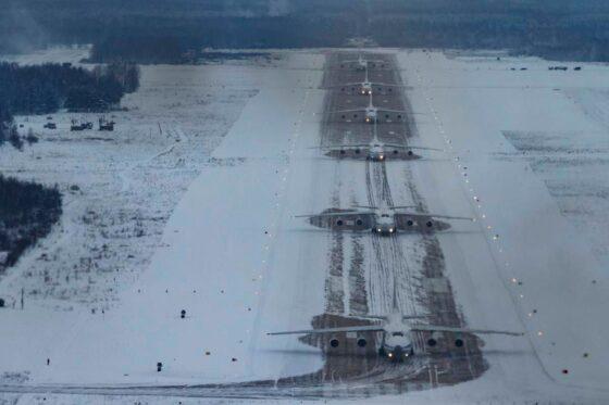 Тверской авиаполк поднял в небо «Русланы»
