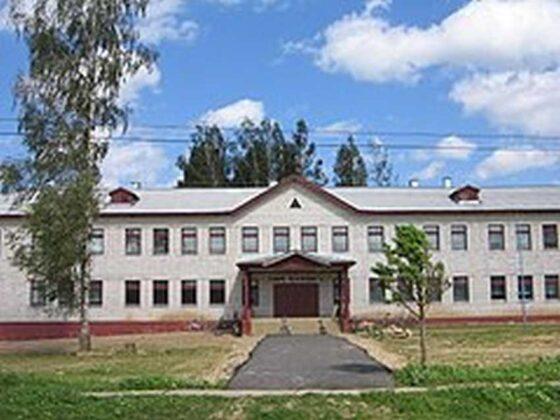 В сельской школе Тверской области заболели половина педагогов