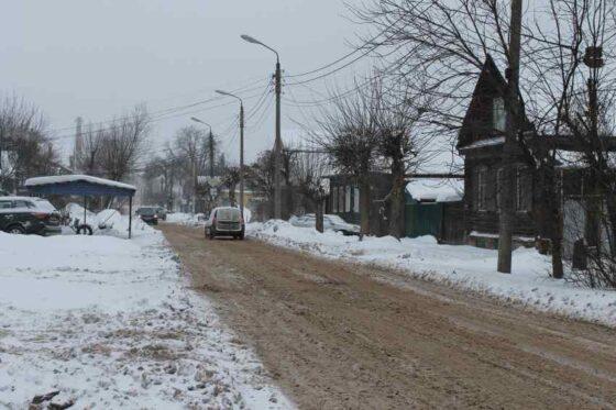 Кому в Тверской области жаловаться на неубранные дороги и скользкие тротуары
