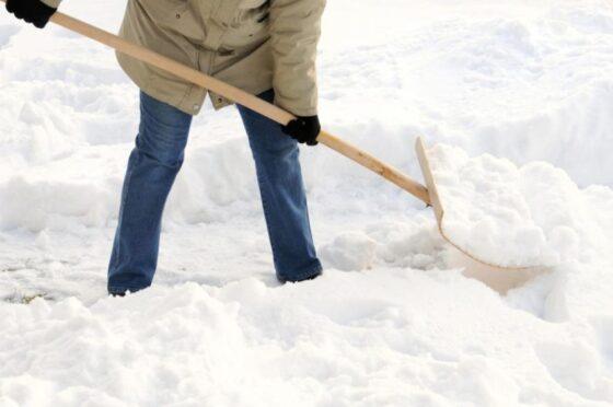 В Ржевском районе не могут найти подрядчика на уборку дорог