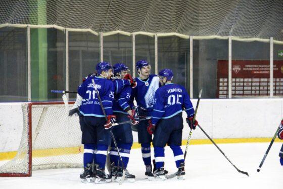 Тверские хоккеисты драматично проиграли в Пензе
