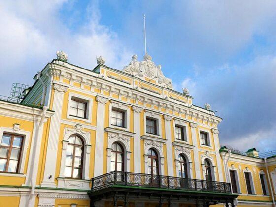 Тверской Императорский дворец приглашает на музейно-музыкальную программу