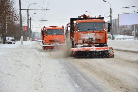 В Тверской области дороги расчищают 239 единиц техники