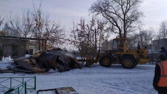 В районном центре Тверской области снесли гараж и забрали все вещи