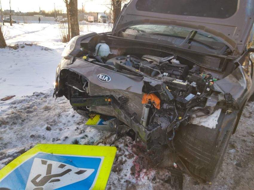 Серьезная авария на Московском шоссе в Твери привела к пробке