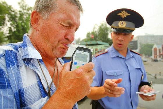 Ржевитянин дважды отказался «дунуть в трубочку» и попал под суд