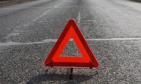 В Конаково голосовавший пешеход прыгнул под колеса машины