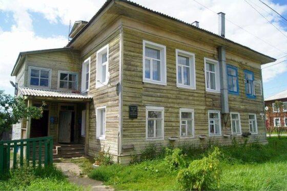 В Бежецке для создания музея в доме Гумилева энтузиасты выкупили две квартиры