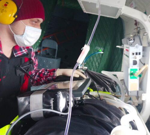 Юную тверичанку на вертолете МИ-8 отправили в медицинский центр Санкт-Петербурга
