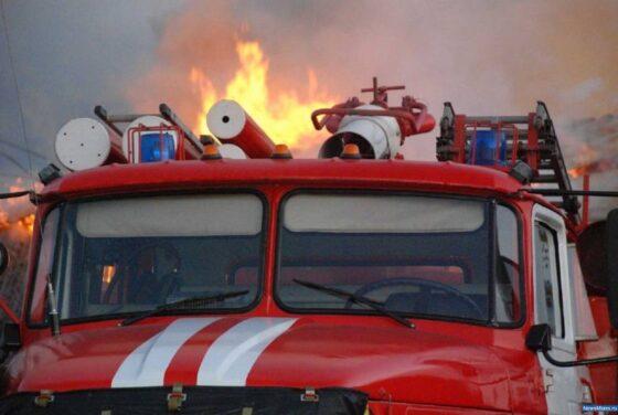 54 человека эвакуировано, 4 пострадали при пожаре в интернате в Тверской области