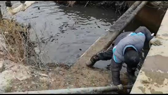 150 кубов ила и мусора вытащили из Безымянного ручья в Кимрах | Видео