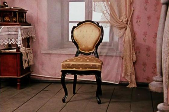 В Твери предпринимательница оставила клиентов без мебели и денег