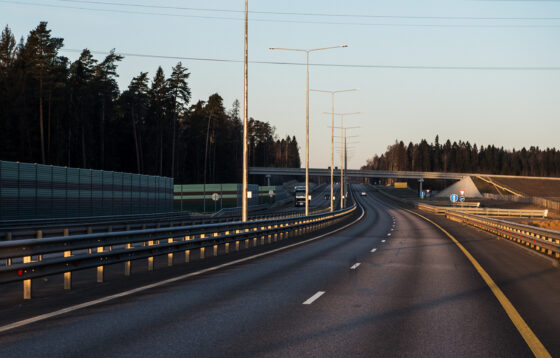 На М-11 в Тверской области водителей ждет увеличение и снижение стоимости проезда