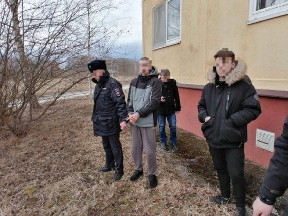 Двух молодых закладчиков поймали с наркотиками в Тверской области