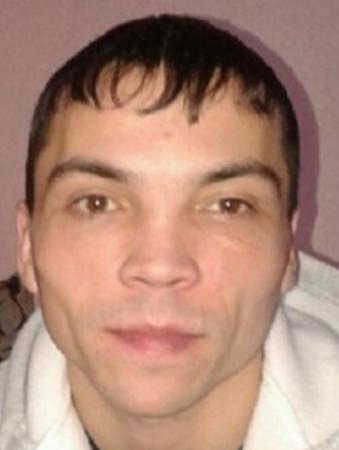 В Тверской области уже неделю ищут мужчину с татуировками на руках