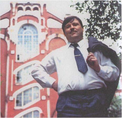 В день рождения Михаила Круга выложили его фото во дворе Пролетарки