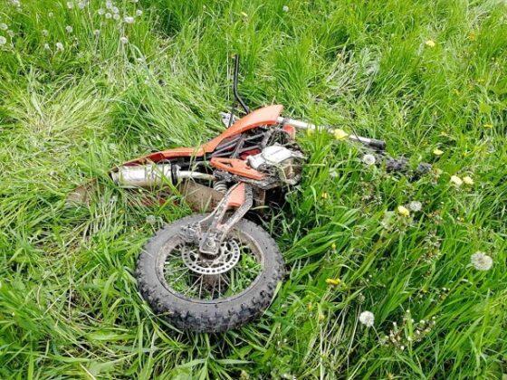 В Тверской области перевернулся квадроцикл, а мотоциклист устроил аварию