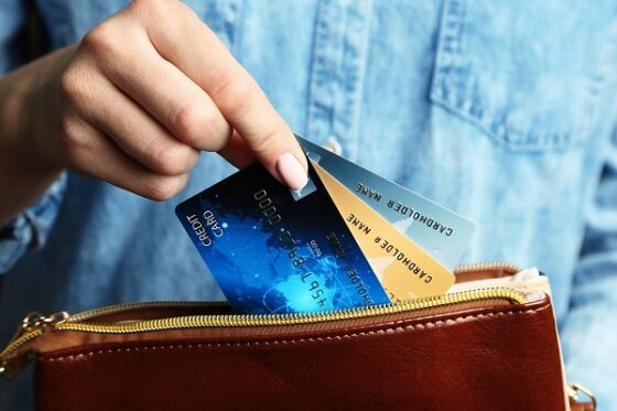 В Тверской области жители стали чаще оформлять кредитные карты