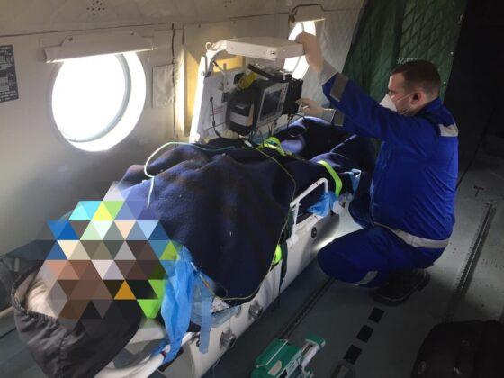 Пациента из Ржева доставляют  на вертолете МИ-8  в областную больницу