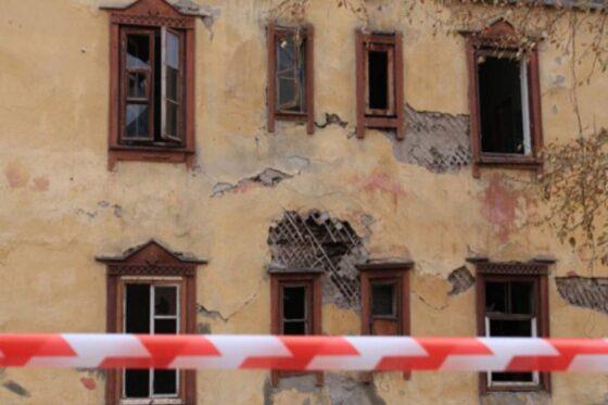 В Пено по требованию прокуратуры снесут пустующие дома