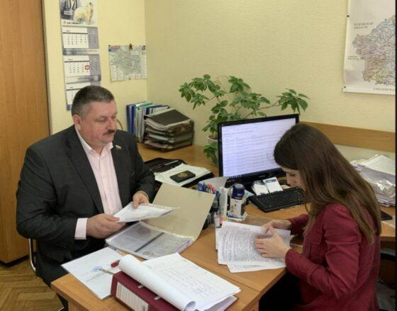 В Тверской области девять  действующих депутатов ЗС подали заявки на участие в праймериз