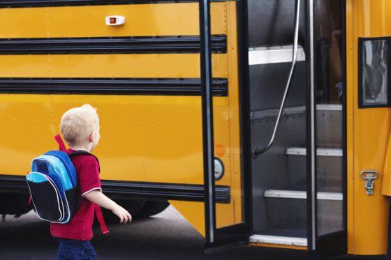 За высадку детей-безбилетников из транспорта серьезно оштрафуют