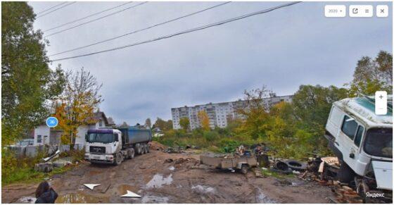 В Тверской области мужчина превратил земельный участок в стихийную стоянку большегрузов