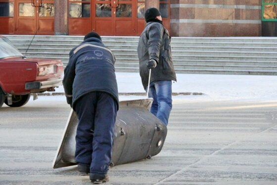 В Тверской области воры польстились на бидон, топор и ванну