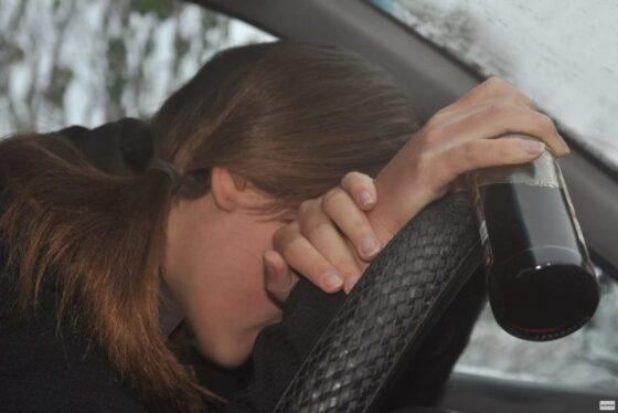 В Кимрах женщина оштрафована за пьяную езду на 100 тысяч рублей