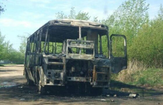 В Кимрах сгорел пассажирский автобус