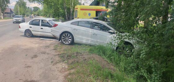 В Твери   на односторонней дороге  столкнулись две иномарки