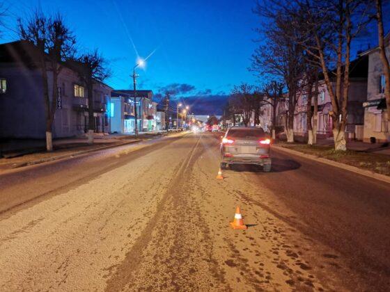В Тверской области пешеход не дошел до перехода и попал под машину