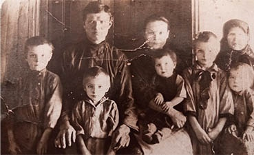 Внучка нашла деда в братской могиле в Тверской области спустя 78 лет