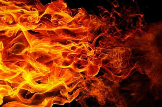 Следователи проверят общежитие в Осташкове, которое постоянно горит