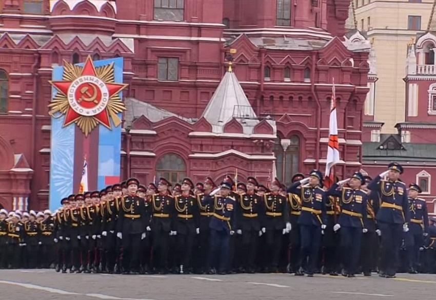 Тверские суворовцы и курсантки ВКО приняли участие в Параде Победы в Москве