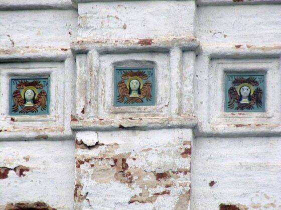 Изразцы торопецкой церкви  стали звездами  соцсетей