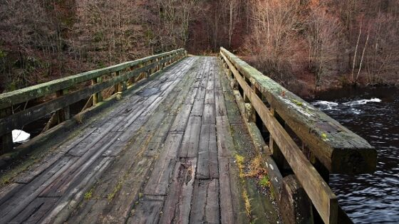В Тверской области по требованию прокурора восстановят мост