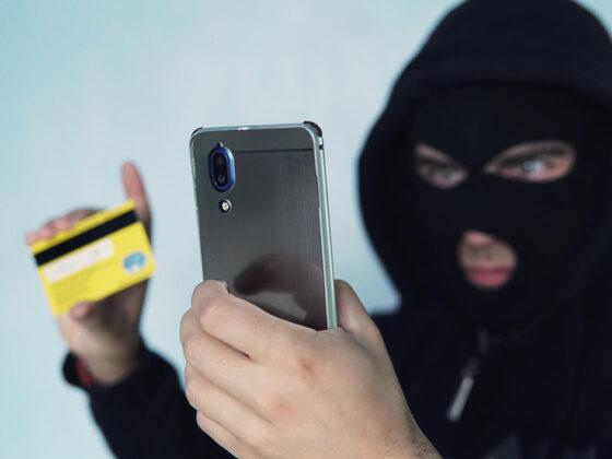 В Тверской области мужчина  перечислил мошенникам более 2 миллионов рублей