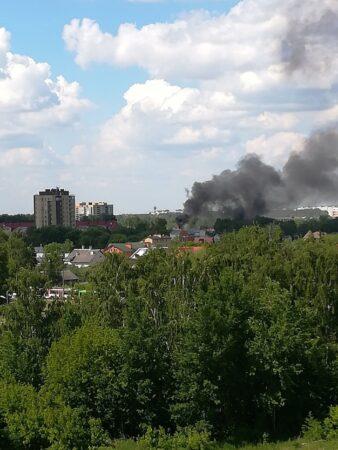 В Твери в Заволжском районе горел дом, пострадал человек